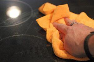 اصول تمیز کردن صفحه شیشه ای گاز